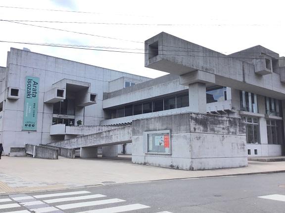 磯崎新氏 アートホール