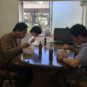 早食い対決